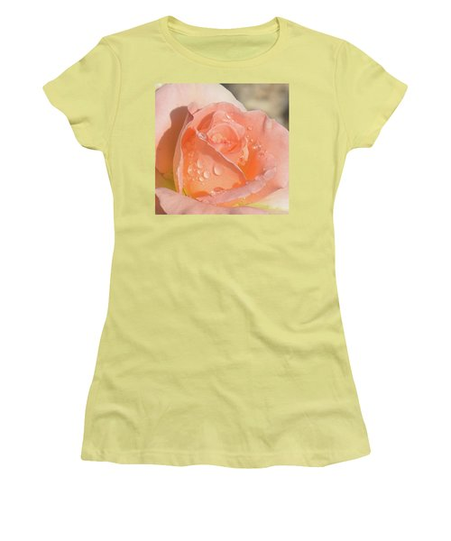 Dewy Rose Women's T-Shirt (Athletic Fit)