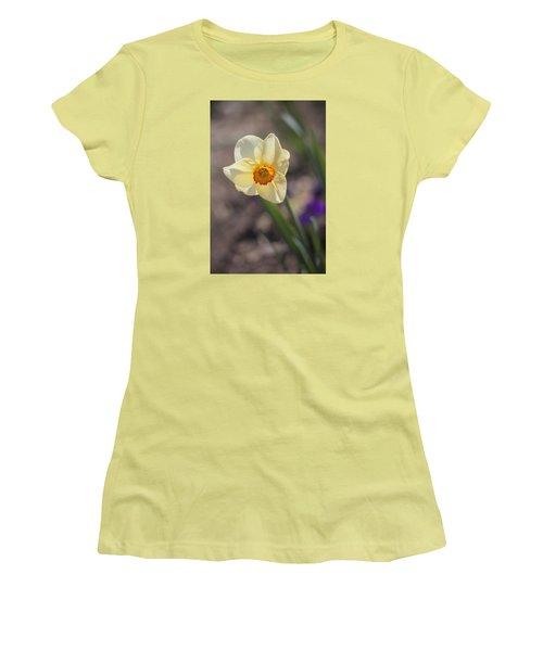 Diagonal Daffy Women's T-Shirt (Athletic Fit)