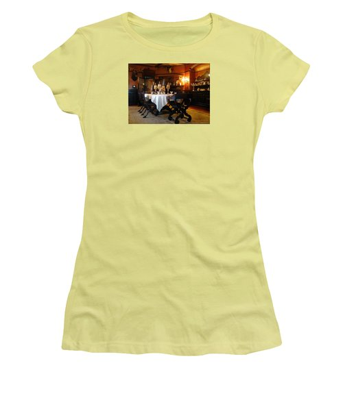 Dining Room Women's T-Shirt (Athletic Fit)