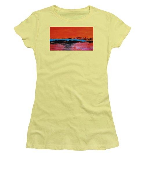 Distant City Women's T-Shirt (Athletic Fit)