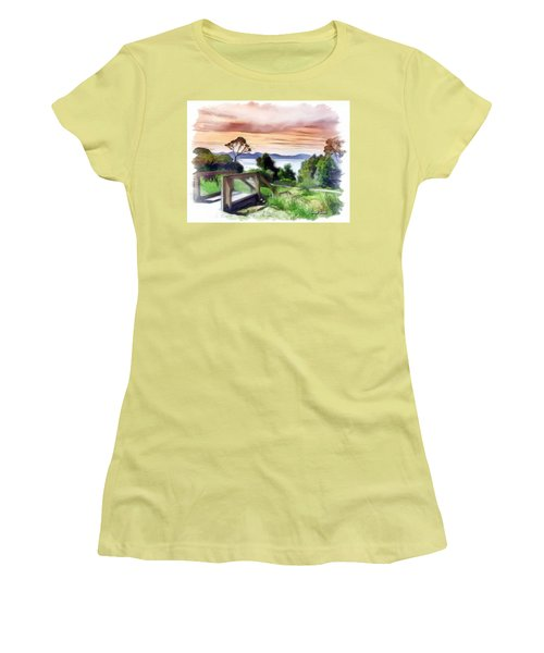 Do-00272 Look Out From Sarah Island Women's T-Shirt (Athletic Fit)