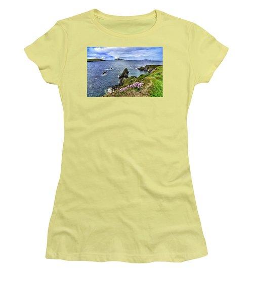 Dunquin Flowers  Women's T-Shirt (Athletic Fit)