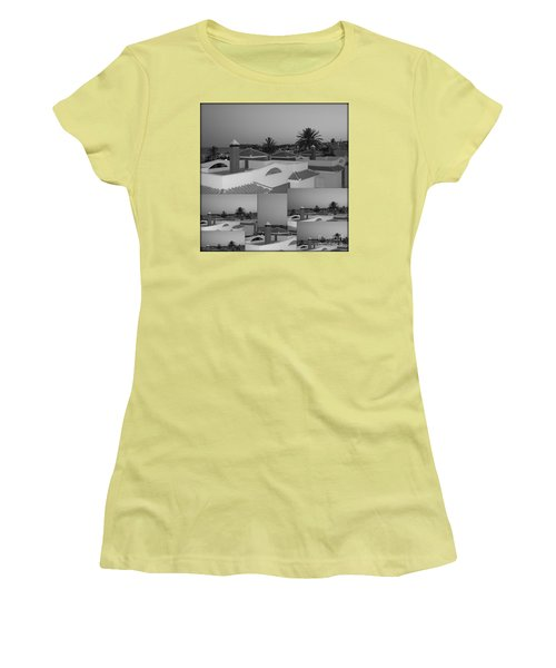 Women's T-Shirt (Junior Cut) featuring the photograph Dusky Rooftops by Linda Prewer