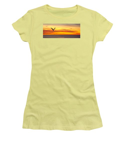 Eagle Panorama Sunset Women's T-Shirt (Athletic Fit)