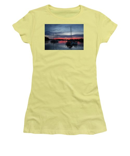 Eagles Cove Sunset Women's T-Shirt (Athletic Fit)