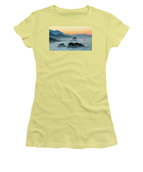 Ecola State Park  Women's T-Shirt (Athletic Fit)