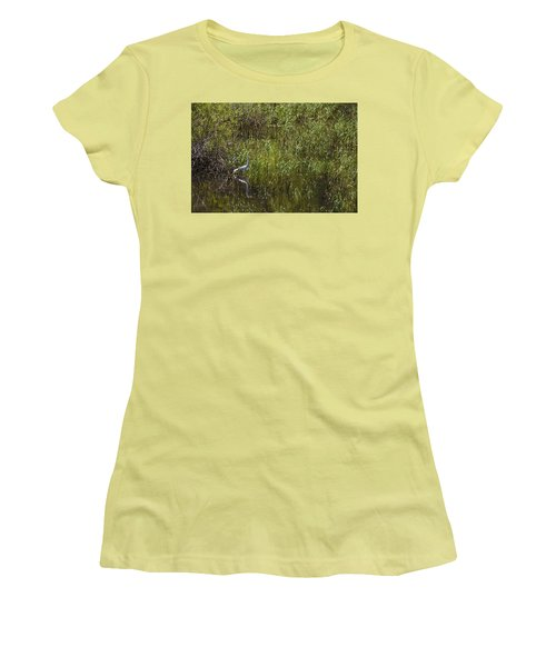 Egret Hunting In Reeds Women's T-Shirt (Athletic Fit)