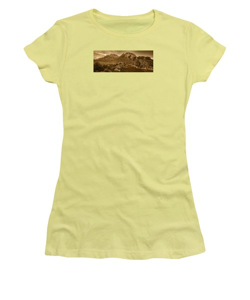 Evening At Dry Creek Vista Tnt Women's T-Shirt (Athletic Fit)
