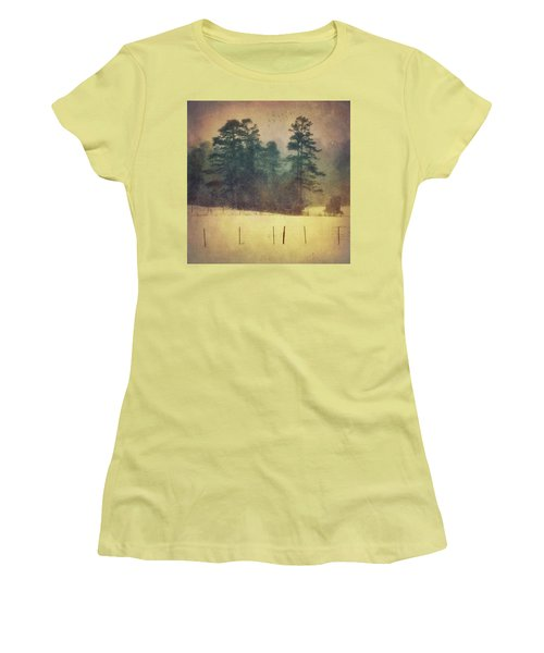 Evening Snow Glow Women's T-Shirt (Athletic Fit)