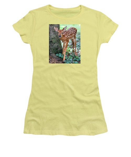 Eye To Eye With A Wide - Eyed Fawn Women's T-Shirt (Junior Cut) by Gene Walls