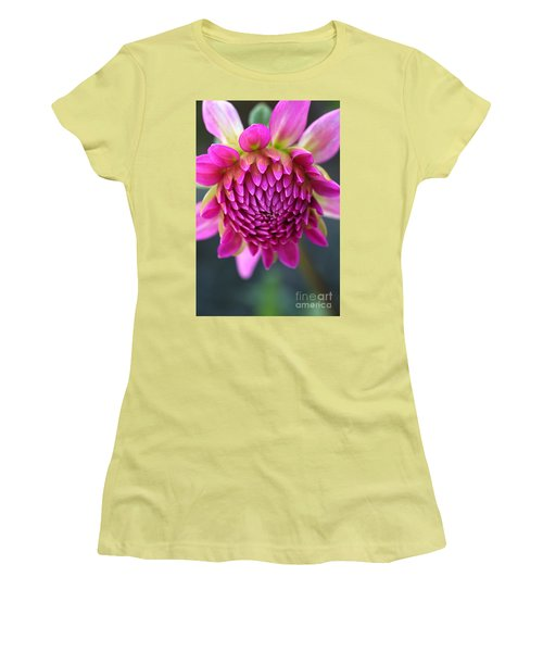 Face Of Dahlia Women's T-Shirt (Athletic Fit)