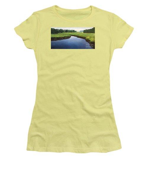Farnhams Creek Women's T-Shirt (Athletic Fit)