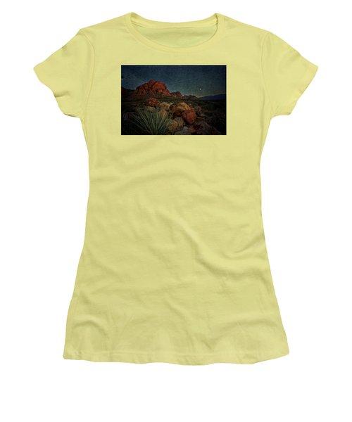 flight AM Women's T-Shirt (Athletic Fit)