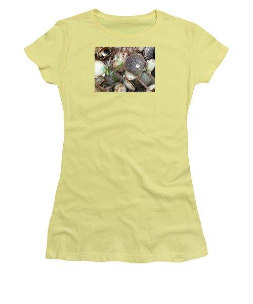 Florida Gulf Coast Scollops Women's T-Shirt (Athletic Fit)
