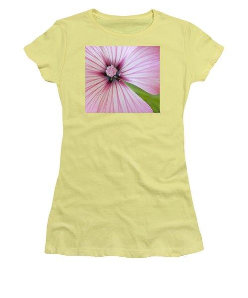 Flower Star Women's T-Shirt (Athletic Fit)