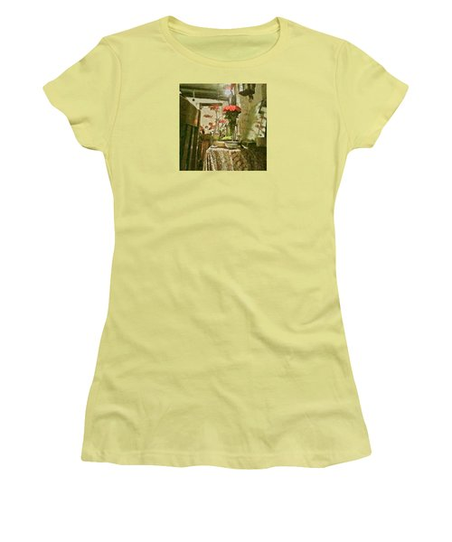 Flowers And Foliage Women's T-Shirt (Athletic Fit)