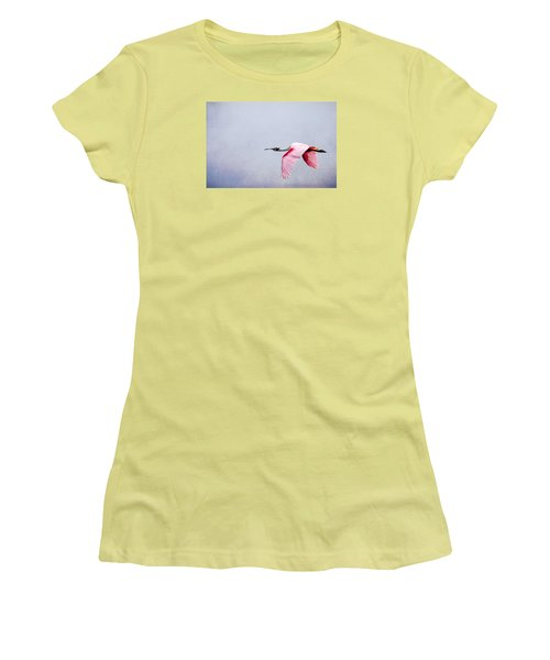 Flying Pretty - Roseate Spoonbill Women's T-Shirt (Junior Cut) by Debra Martz