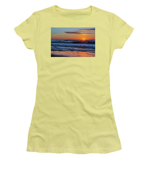 Folly Beach Sunrise Women's T-Shirt (Athletic Fit)