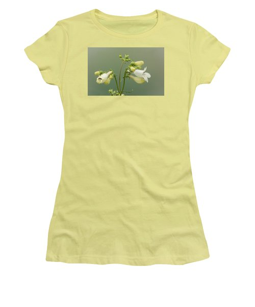 Foxglove Beardtongue Women's T-Shirt (Athletic Fit)