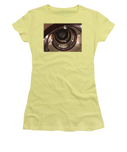 French Quarter Spiral Women's T-Shirt (Athletic Fit)