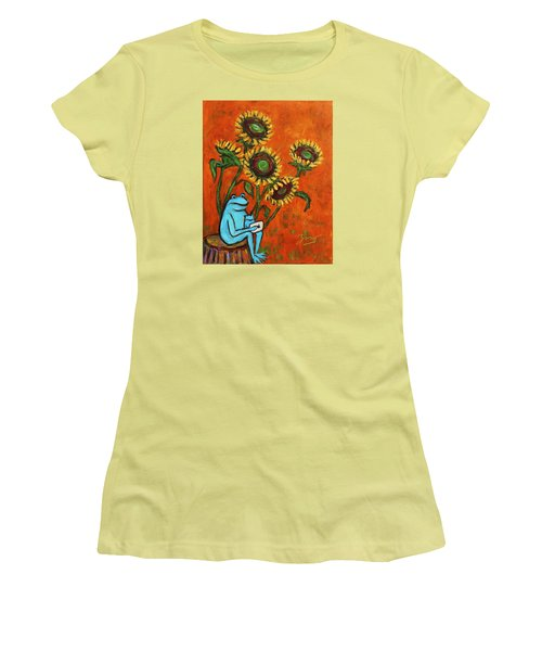 Frog I Padding Amongst Sunflowers Women's T-Shirt (Athletic Fit)