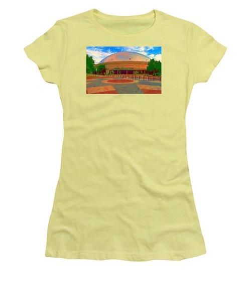Gampel Uconn Women's T-Shirt (Athletic Fit)
