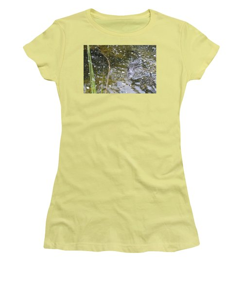 Gator Coming Women's T-Shirt (Athletic Fit)