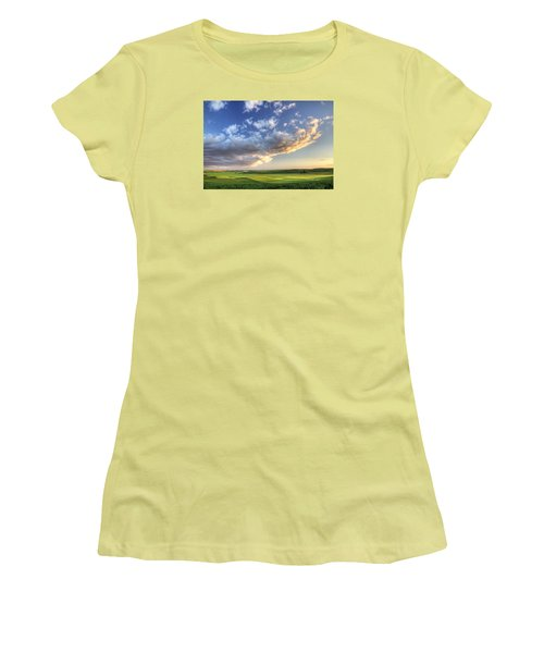 Genesee Country Women's T-Shirt (Athletic Fit)
