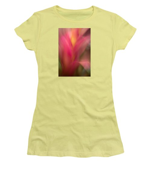 Ginger Flower Blossom Abstract Women's T-Shirt (Athletic Fit)