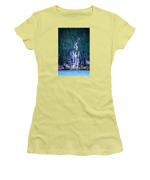 Glacier Falls 2 Women's T-Shirt (Athletic Fit)