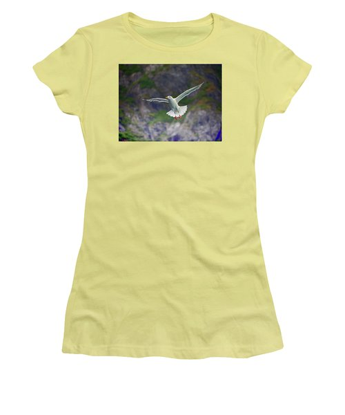 Glaucous-winged Gull Women's T-Shirt (Athletic Fit)