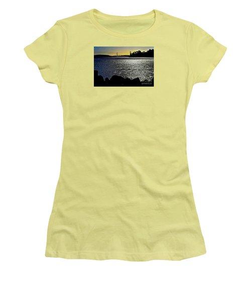 Golden Gate Bridge 2 Women's T-Shirt (Athletic Fit)