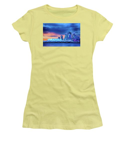 Women's T-Shirt (Athletic Fit) featuring the photograph Good Morning Vancouver by John Poon