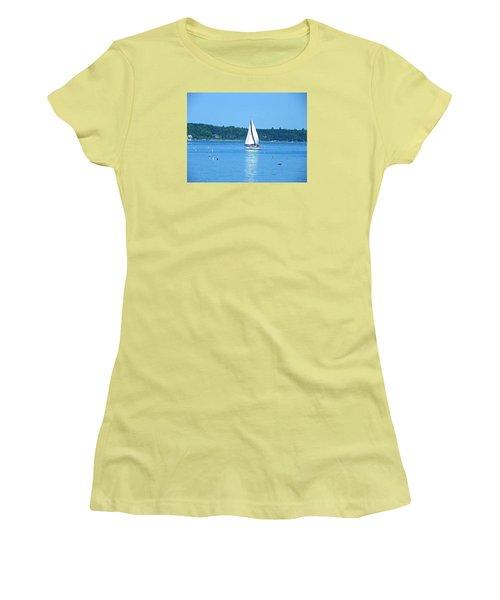 Good Sailing Women's T-Shirt (Athletic Fit)