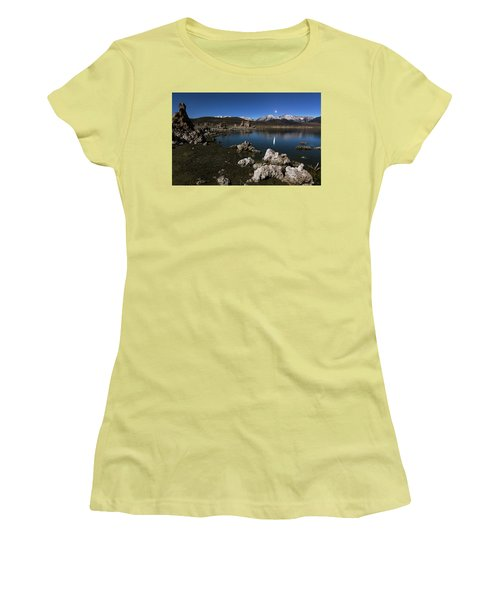 Goodnight Venus Women's T-Shirt (Athletic Fit)