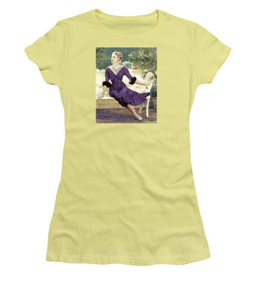 Grace Kelly Draw Women's T-Shirt (Junior Cut) by Quim Abella