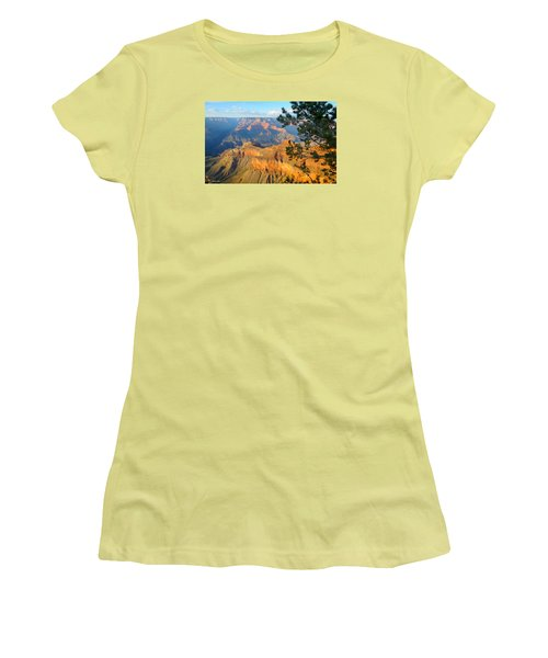 Grand Canyon South Rim - Pine At Right Women's T-Shirt (Athletic Fit)