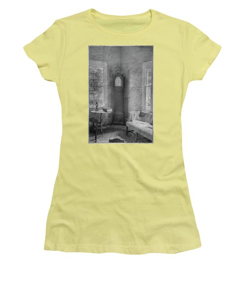 Grandfather's Clock Women's T-Shirt (Athletic Fit)
