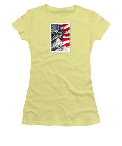 Graphic Statue Of Liberty With American Flag Text Usa Women's T-Shirt (Athletic Fit)
