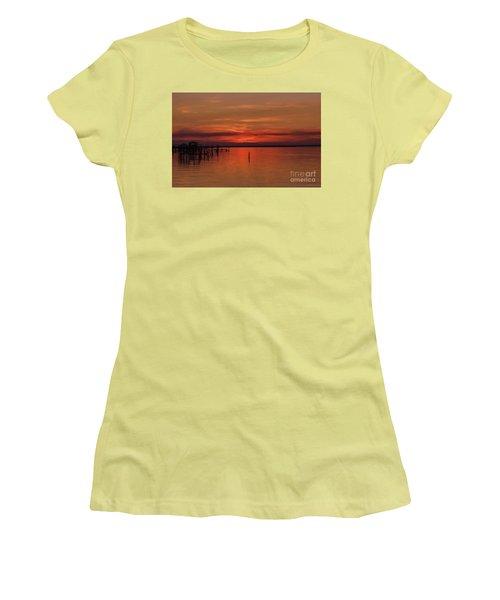 Grateful Sky Women's T-Shirt (Athletic Fit)