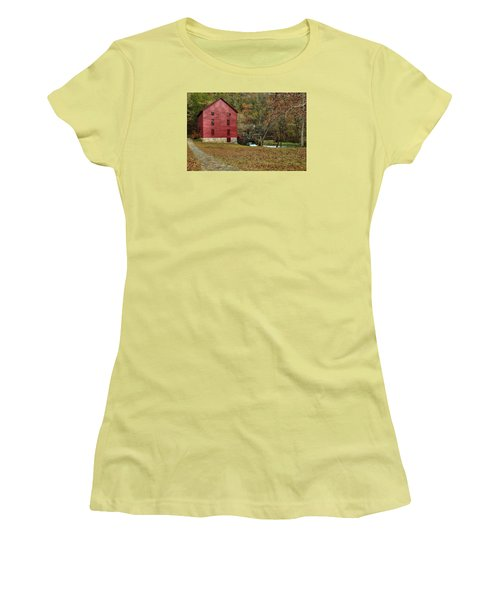 Grist Mill Wtrees II Women's T-Shirt (Athletic Fit)