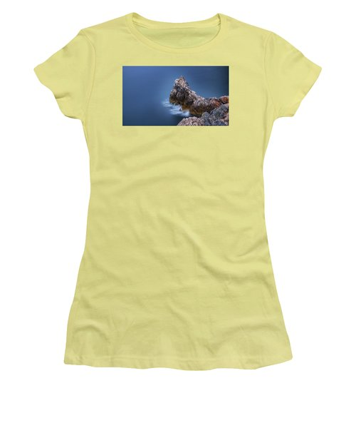 Guardian Of The Sea Women's T-Shirt (Athletic Fit)