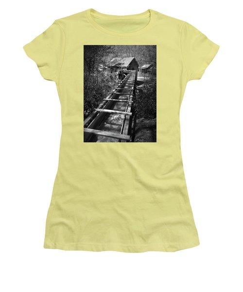 Hagood Gristmill Waterwheel At Hagood Mill Women's T-Shirt (Junior Cut) by Kelly Hazel