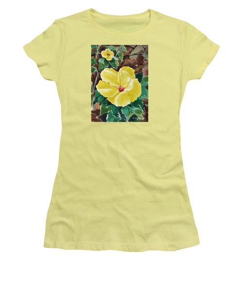 Hawaiian Hibiscus Women's T-Shirt (Junior Cut) by Joan Hartenstein