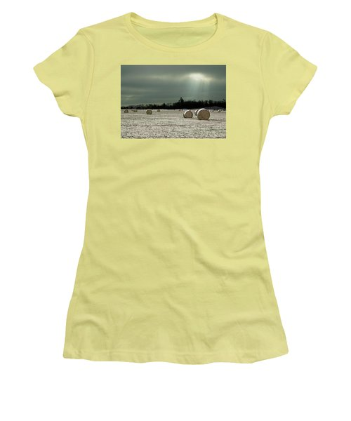 Hay Bales In The Snow Women's T-Shirt (Junior Cut) by Judy Johnson