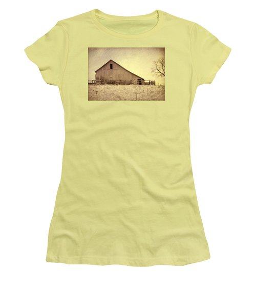Hay Barn Women's T-Shirt (Athletic Fit)