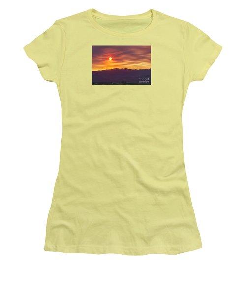 Hazy Las Vegas Sunset Women's T-Shirt (Athletic Fit)