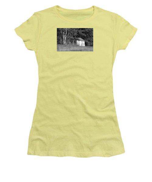 Hiding Women's T-Shirt (Junior Cut)