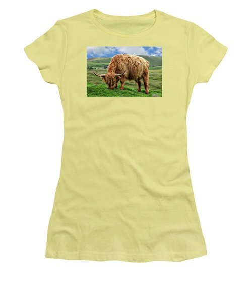 Highland Cow Women's T-Shirt (Junior Cut) by Anthony Dezenzio