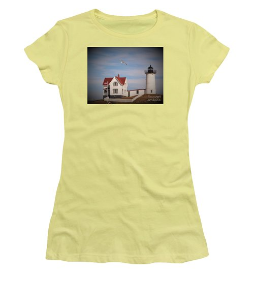 Highlighting The Nubble Light Women's T-Shirt (Athletic Fit)